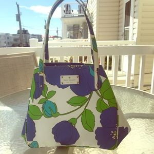 MINT CONDITION Kate Spade Medium Tote